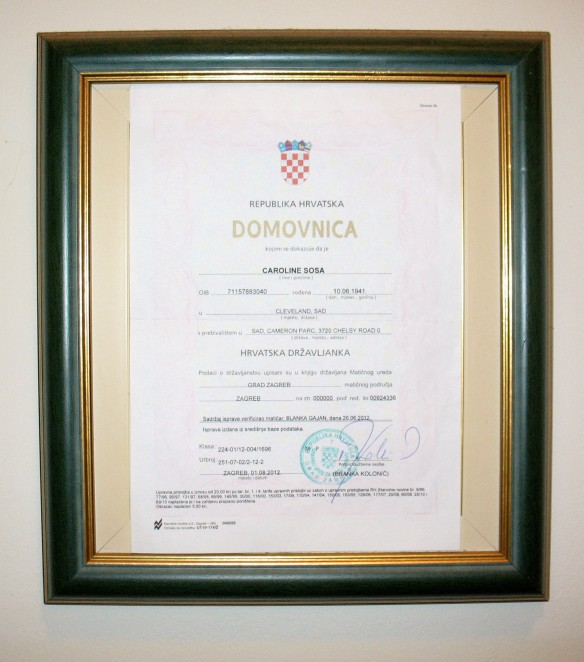 Croatian citizenship document