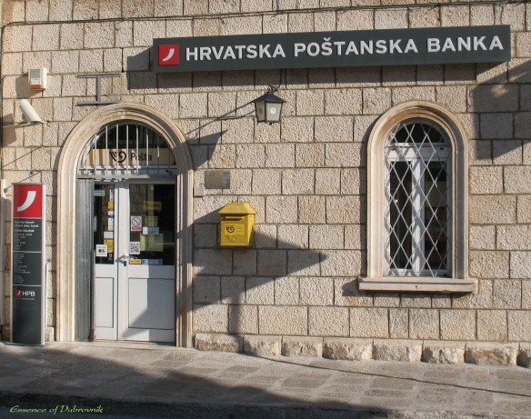 The Cavtat post office