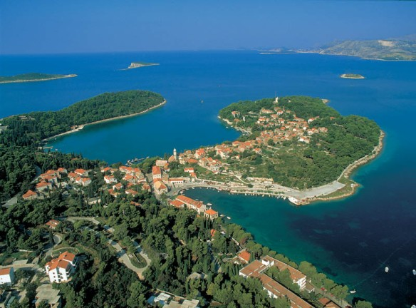 Cavtat Bay and Tiha Bay